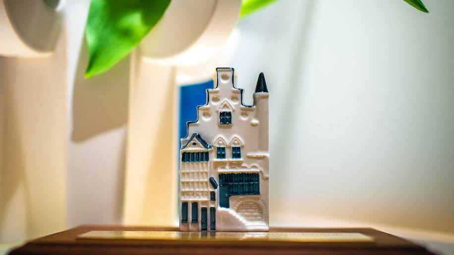 KLM unveils latest Delft house